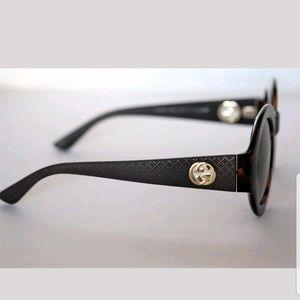 4df647cb32e Gucci Accessories - NEW RARE GUCCI Round Havana Brown Gold Sunhlasses